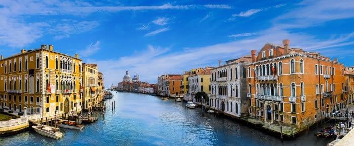 helping Venice accept Bitcoin